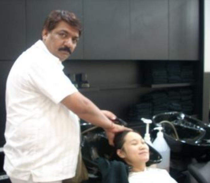 Bhatia's Salon & Beauty Academy
